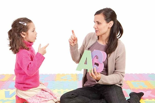 Free article: Developing phonological awareness skills for struggling readers